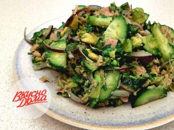 Салат с тунцом и авокадо 🐟 - очень вкусный и простой рецепт