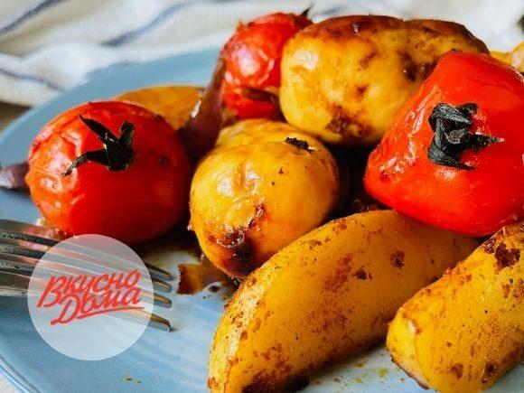 Запеченный картофель с колбасками